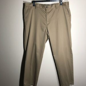 Dockers Classic Fit Men's Pants SZ 42X32